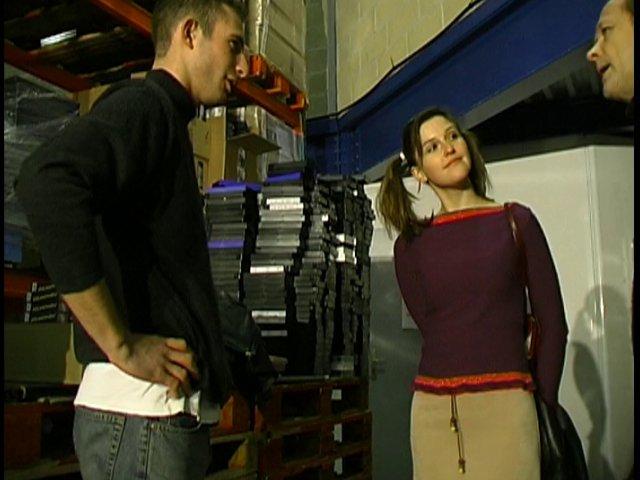 L'entretien d'Anais pour un emploi tourne au porno hard