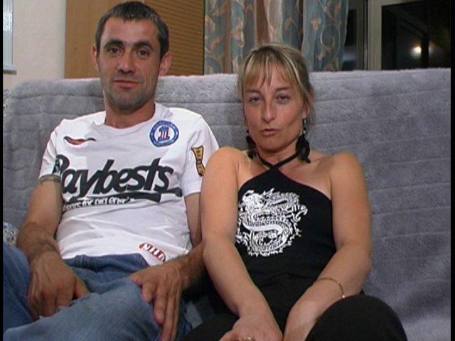 Première vidéo porno pour ce couple novice, ils se lâchent!
