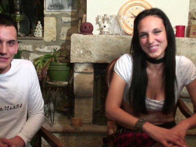 Un french porn avec un jeune couple vraiment chaud
