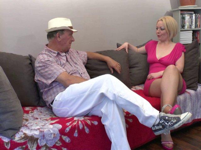 Du porno amateur français avec une blonde mature