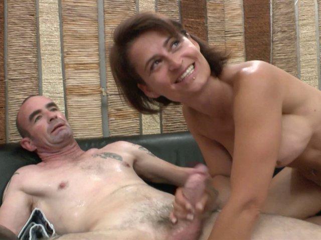 couple bi francais elle se fait plaisir
