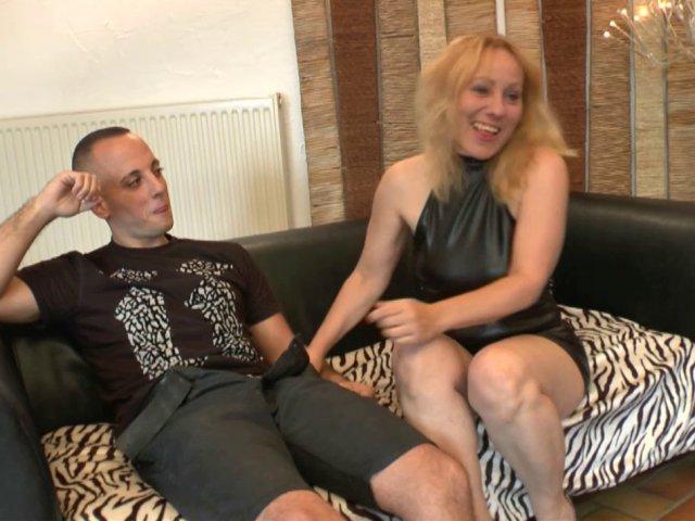 Sex Francais avec une blonde mature qui aime le cul