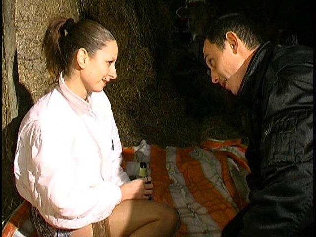 Une vidéo porno française tournée à la campagne et ça baise bien !